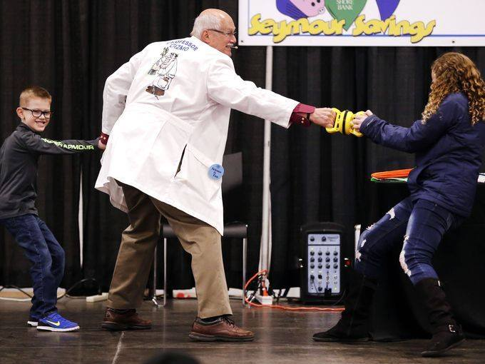 Bank Sponsors Stage at 2nd Annual Fox Cities Kidz Expo