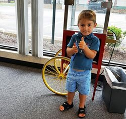 Customer, 3, Wins $25 Gift Card for Signing Up for Kiddie Parade in Union Grove